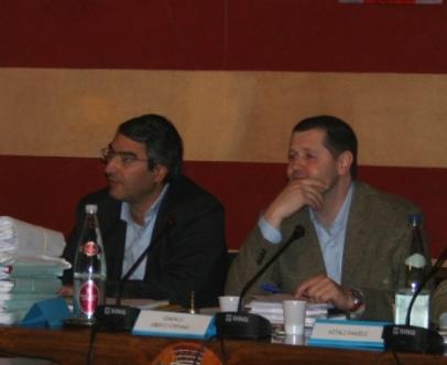 Da sinistra, il segretario comunale e il sindaco di Stezzano